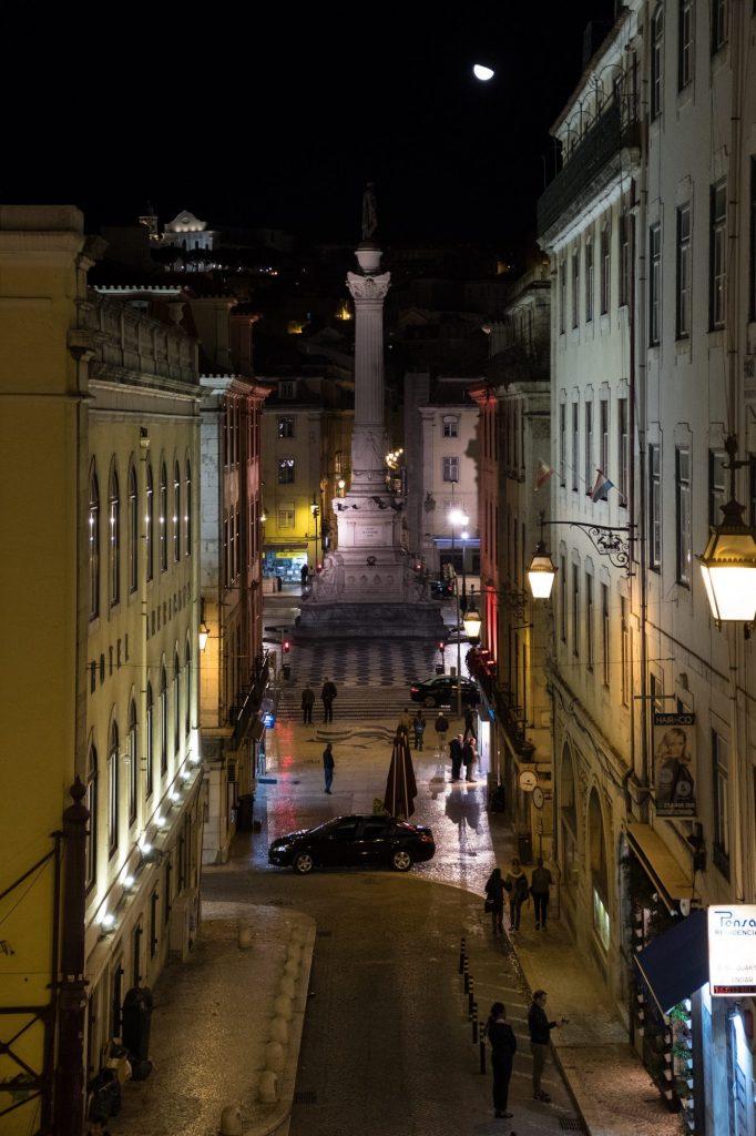 Lissabon in de avond
