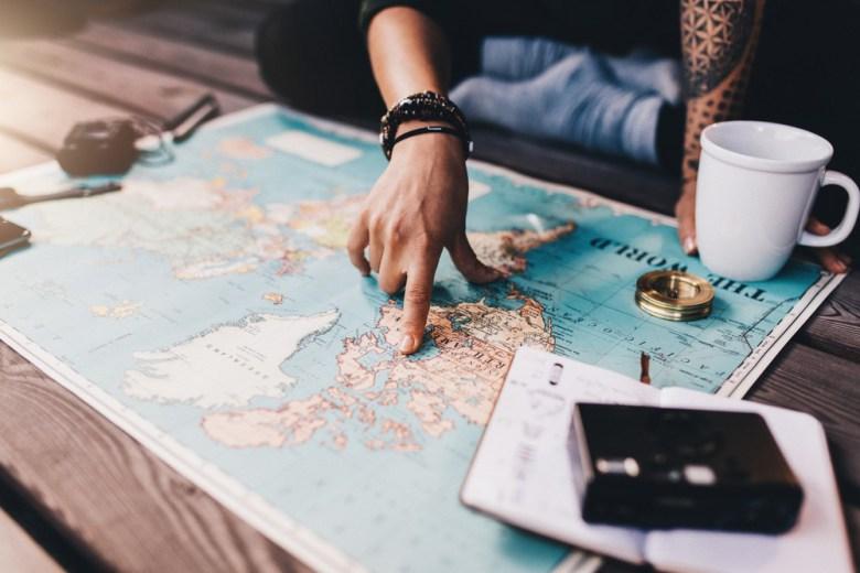 Aanvullende verzekering of reisverzekering voor het buitenland?