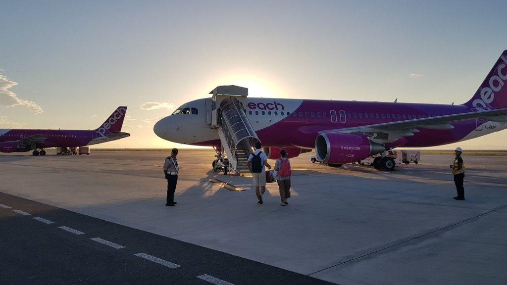Corona in het vliegtuig; waar moet je rekening mee houden tijdens een vlucht?