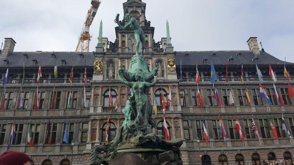 Eén nachtje in Antwerpen