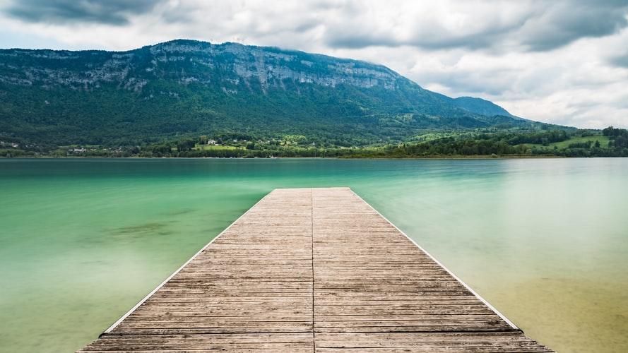 Vakantie aan het water: de allermooiste meren in Frankrijk!