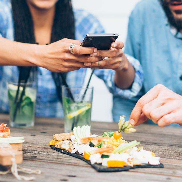 De beste apps om een restaurant te vinden op reis
