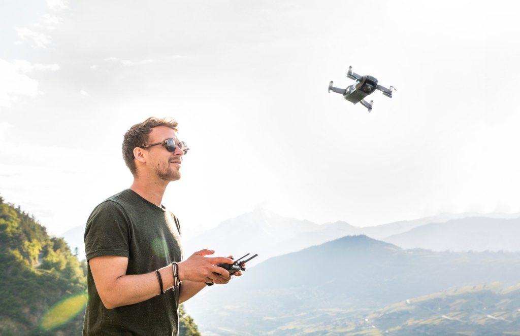 Een drone meenemen op reis: mag dat eigenlijk wel?